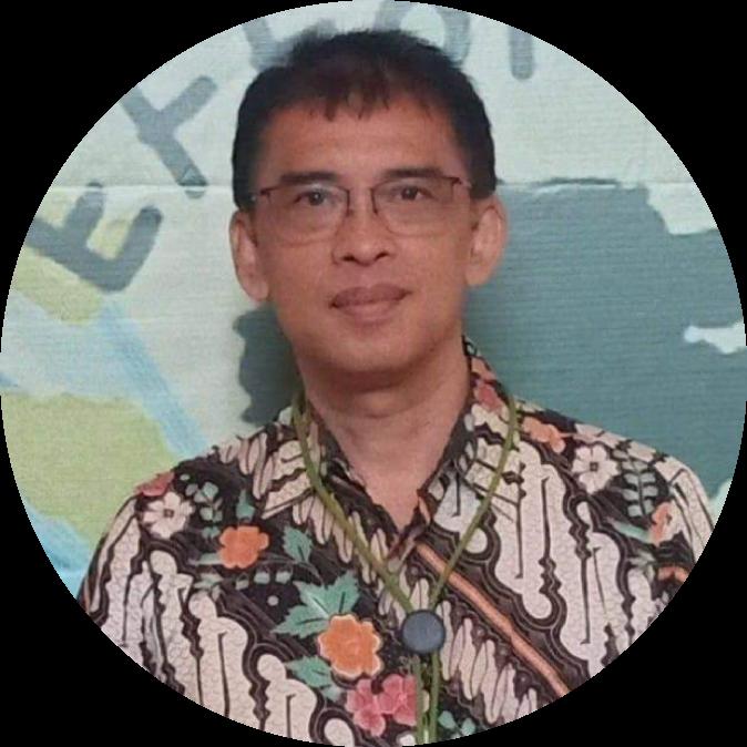 Prof. Drs. Damris M, M.Sc., Ph,D